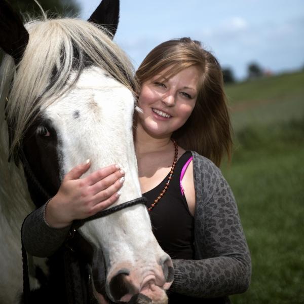 Portret fotohein hein sleijster fotograaf uit etten nabij doetinchem voor trouwreportages - Kamer paard meisje ...